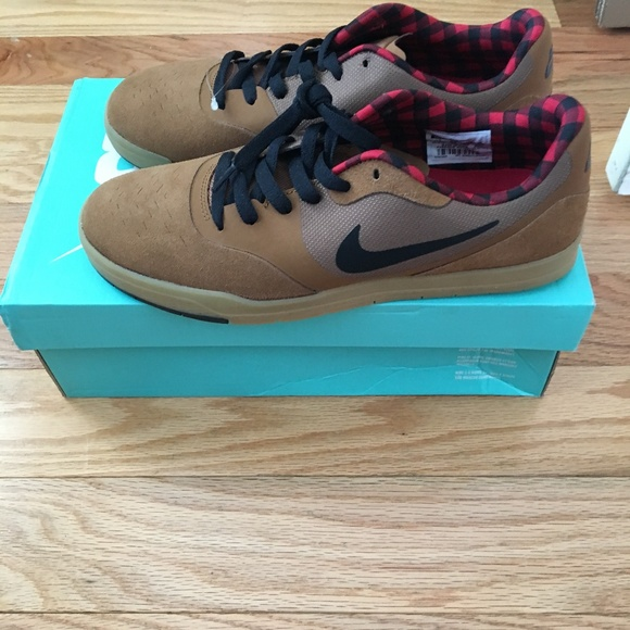Nike Men's Paul Rodriguez 9 CS Skate Shoe 8.5M